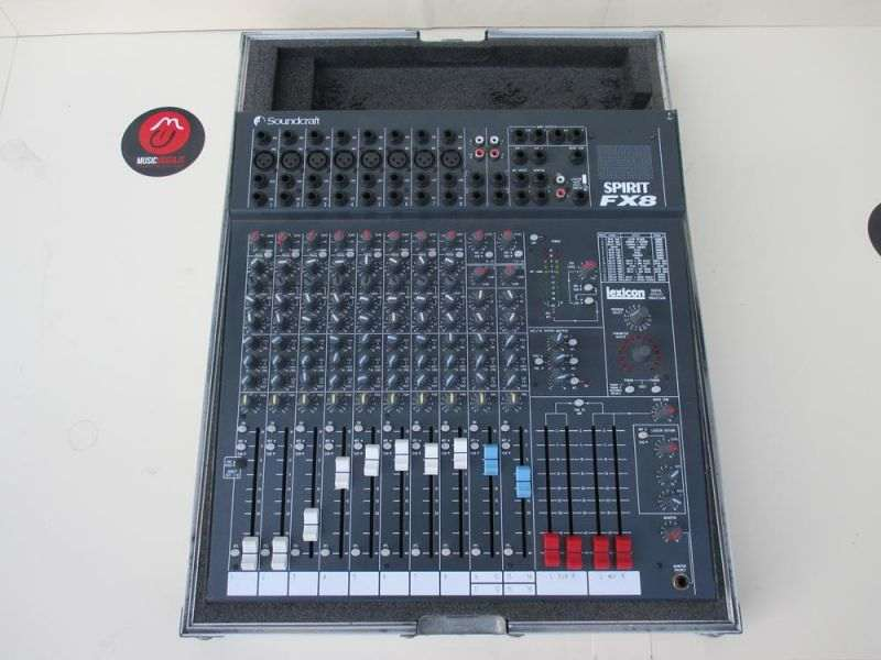 Mixer Soundcraft Folio Fx8 con Flight Case