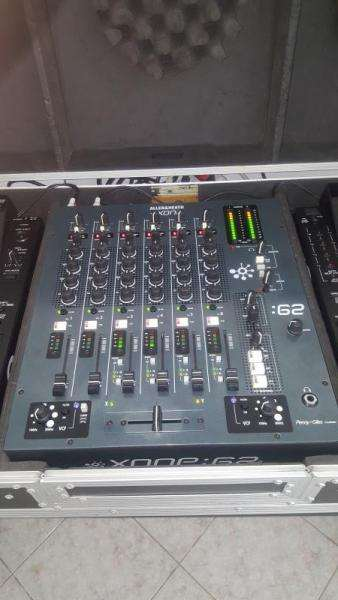 Mixer allen  heath xone 62 perfetto