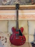 Gibson es 335 custom shop satin cherry 2010