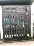 vendo-mixer-soundcraft-M8