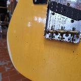 FENDER---CUSTOM-SHOP-1952-TELECASTER-RELIC-BLONDE